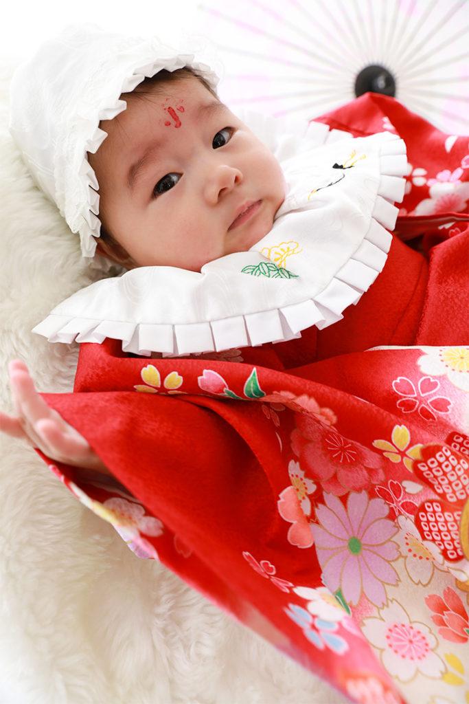 お宮参り 赤ちゃん 産着 着付け 撮影